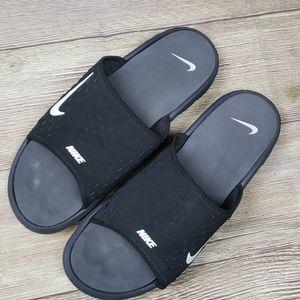 Mens Nike Swoosh Flip Flops Sz 11
